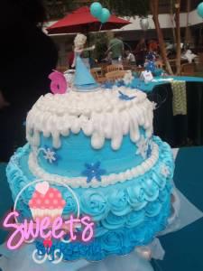 Elsa Cake 7